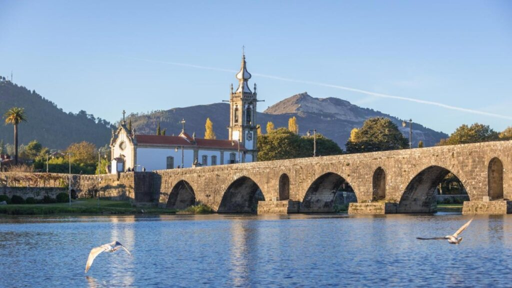 Ponte de Lima, is the oldest town in Portugal, sited beside the tranquil waters of the river Lima