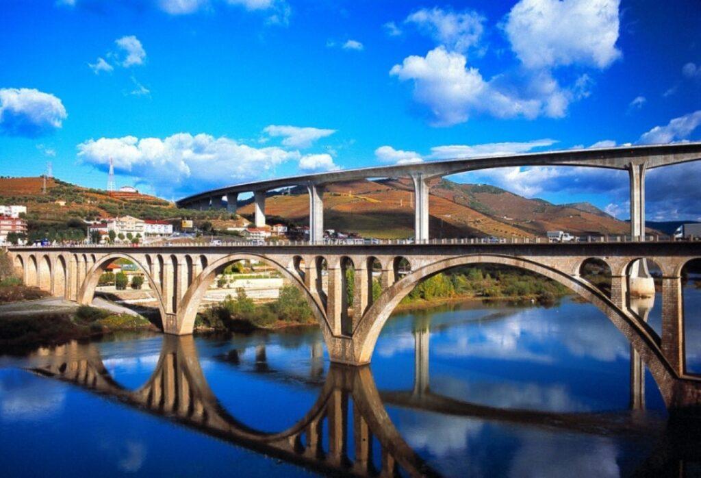 Peso da Regua and the landscape of the Douro Valley